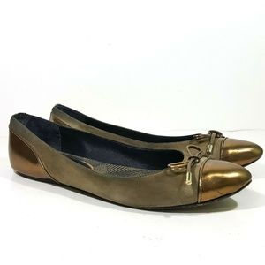 Burberry Womens Flats Shoes Size 40.5 Gold Leather